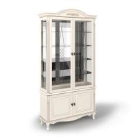 Витрина двухдверная стеклянная с декоративной гравировкой, с нижними дверками